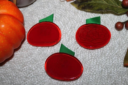 Easy to Make Pumpkin Bubble Magnets