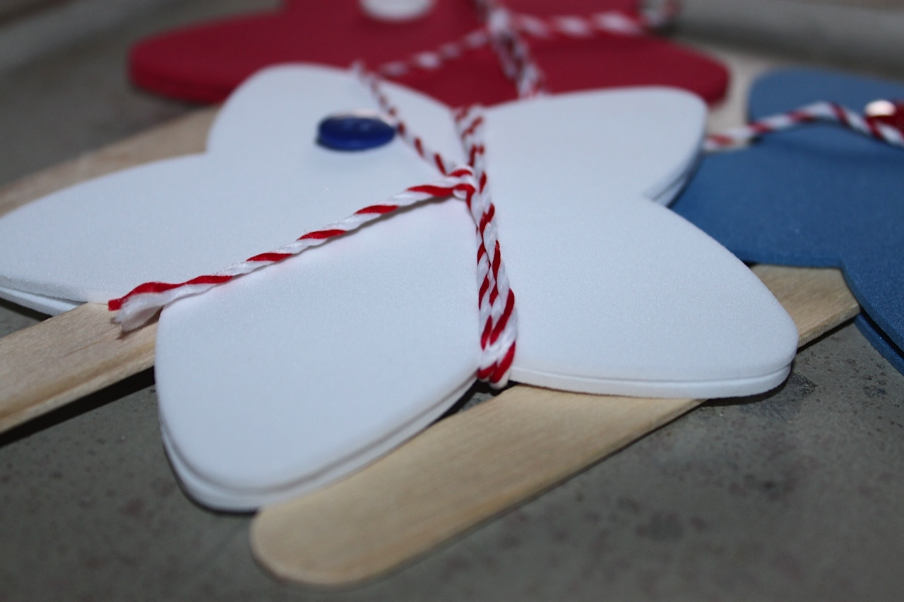 craft foam stars for 4th of july decorations