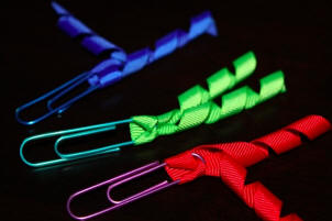 add curly ribbon to paperclips
