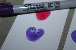 How to make fingerprint heart bookmarks