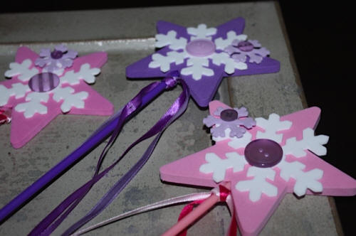 DIY:  Snowflake Wands for Winter Crafts